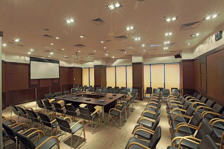 CONFERENCE ROOM IN PARK VIEW BUSINESS CENTRE